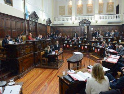 Senadores convirtieron en ley los proyectos de Avalúo e Impositiva del Ejecutivo