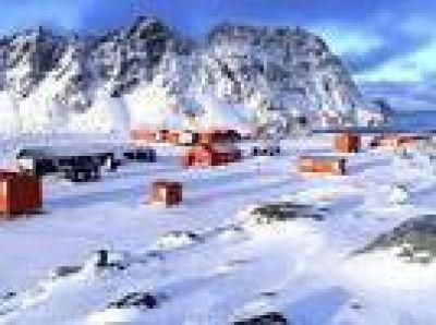 Argentina negocia un buque polar con Sudáfrica y busca un rompehielos para ir a la Antártida