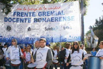 Docentes bonaerenses se lanzan al paro y acusan al gobierno de no cumplir lo acordado