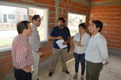 Reanudan la construcción del centro de salud de Villa Las Lomas Norte