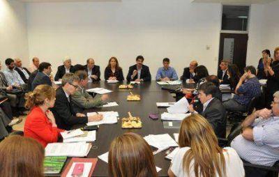 Se trabaja en la futura Ley de Fitosanitarios de la provincia de Buenos Aires: importante reunión en Diputados