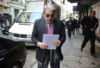 Aníbal Fernández y Daniel Gollán, a juicio oral por la causa Qunita