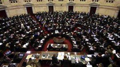 El Senado vuelve a postergar la revisión del aumento de las dietas