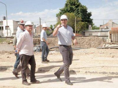 Molina recorrió obras en Ezpeleta