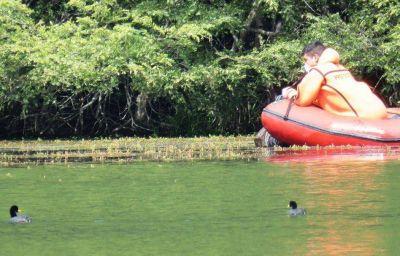 Continúan los trabajos de limpieza y mantenimiento en el paseo Laguna Verde