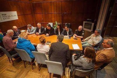 """Arroyo encabezó reunión del plan de trabajo """"Mar del Plata segura"""""""