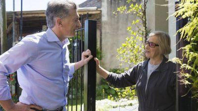 Macri y todos sus funcionarios salen a la calle para un nuevo timbreo
