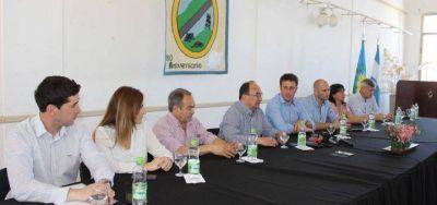 Con la idea de trabajar en conjunto, intendentes de la ZCC y CONDENOBA se reunieron en 25 de Mayo