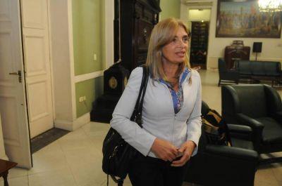 Montero insistirá con la Ley de Ética Pública