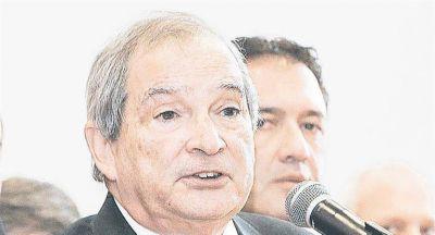 Beneficia a prepagas y obras sociales pacto Macri, CGT y PJ