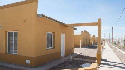 Weretilneck y Frigerio entregarán hoy viviendas a 80 familias cipoleñas