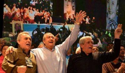 Rotundo respaldo de Hugo Moyano al triunvirato de la CGT