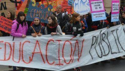 Una semana más con protestas y otro paro docente