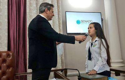 Bahl tomó juramento a los senadores juveniles de la provincia