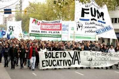 La FUM se moviliza ante incumplimientos con el Boleto Estudiantil