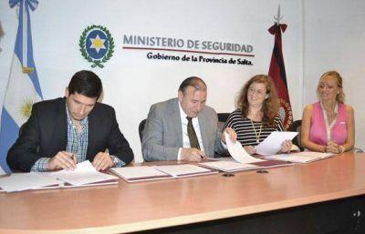 Provincia y la Nación firmaron convenios para fortalecer la seguridad vial