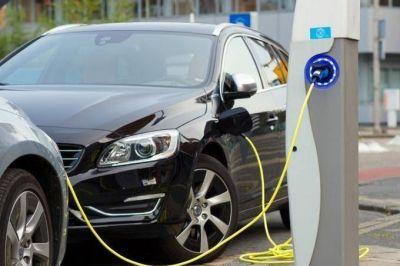 Proponen fomentar el uso de vehículos eléctricos en la Provincia