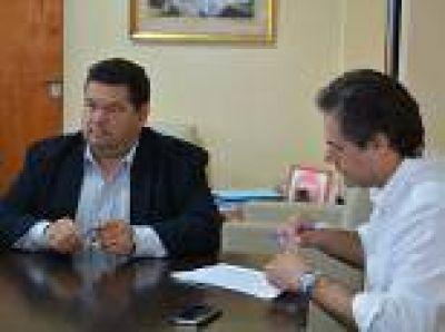 """Berisso: Se firmó el contrato para comenzar la obra """"Red de Agua Potable"""" en el predio del ProCreAr de Santa Teresita"""