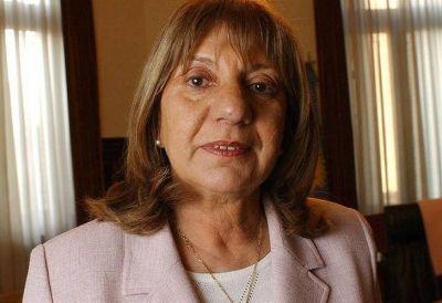 Falbo presentó su renuncia como Procuradora de la Provincia