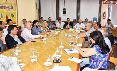 Apoyo de instituciones a las gestiones de Verna por los ríos pampeanos