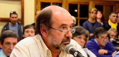 Salas criticó duro a Barrera por las gestiones