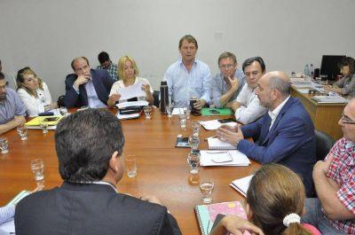 Presupuesto: Diputados de la Comisión de Hacienda recibieron a los ministros Benedetto, Stratta y De la Rosa