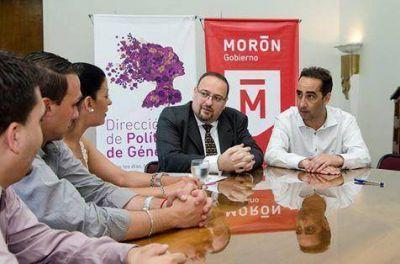 Tagliaferro firmó un convenio de cooperación con el INADI