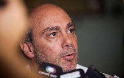 Vicente denunció conspiraciones contra la gestión de Arroyo