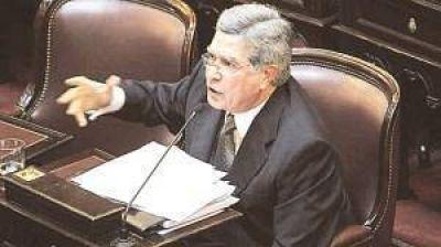 División entre los senadores del bloque del PJ-FpV por el proyecto