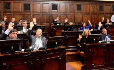 El PJ debate puertas adentro si apoya el endeudamiento de Mendoza
