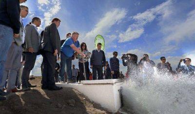 """Weretilneck en Sierra Grande: """"Hoy podemos garantizar el flujo de agua potable para los serranos"""""""