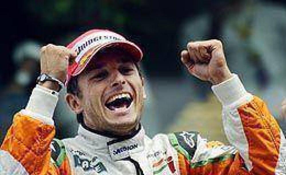 Fisichella cumple su sueño: será piloto de Ferrari hasta fin de año