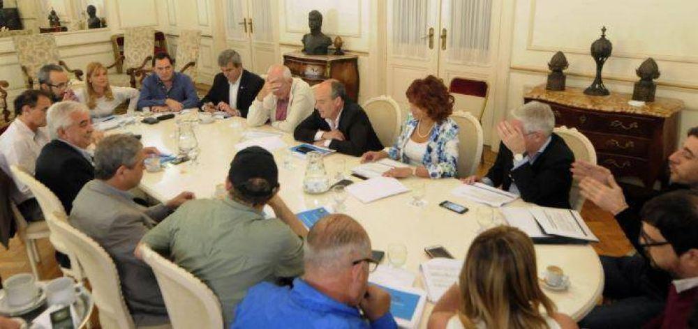 Con la presencia del senador Vitale, dirigentes del PJ se reunieron en la Legislatura bonaerense