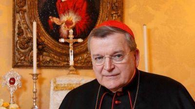 """Burke: listo para un """"acto formal"""" que """"corrija"""" al Papa"""