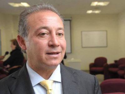 Rubén Fortuny dejaría el cargo frente al Procrear Salta