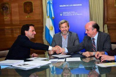 Ariel Sujarchuk firmó el traspaso de Escobar a la concesión de AYSA