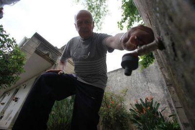 Las penurias por la falta de agua todavía tienen en vilo a vecinos de Tolosa