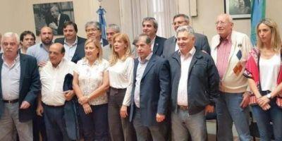 El Peronismo busca unidad para afrontar el Presupuesto 2017 de Vidal
