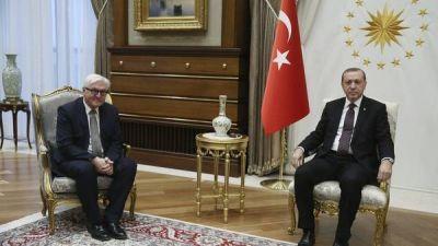Siguen las purgas en Turquía: suspenden a más de 2.000 policías