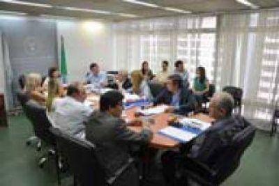 El ministro Ocampo se reunirá con diputados para analizar el proyecto para sustituir el financiamiento del acueducto