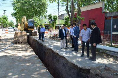 Visita a la obra del colector cloacal de la calle Emparanza