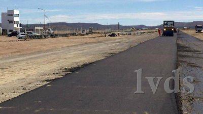 800 metros de asfalto para el circuito Harry Regensburger ya es realidad