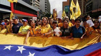 La oposición venezolana sale otra vez a la calle tras la tregua