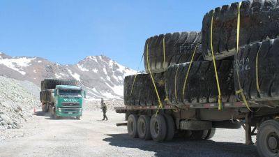 La empresa chilena ratificó que no removerá el megabasurero minero en San Juan