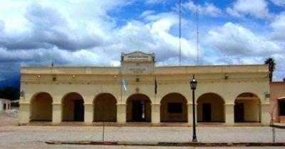Municipales de Cafayate exigen aumento salarial