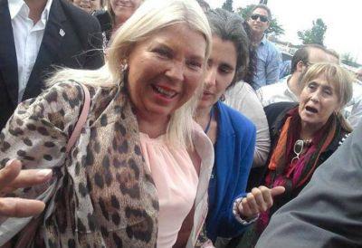 Aunque halagó a Cambiemos, Carrió insistió con las acusaciones a Angelici y Lorenzetti: