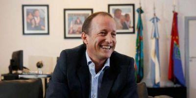 Insaurralde en retroceso y al descubierto busca pegarse a CFK