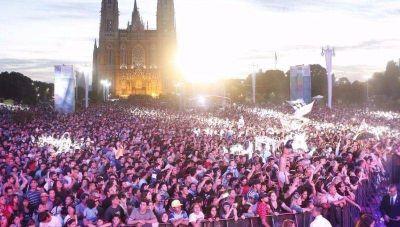 Más de 150 mil personas en la celebración del 134° aniversario de la ciudad de La Plata