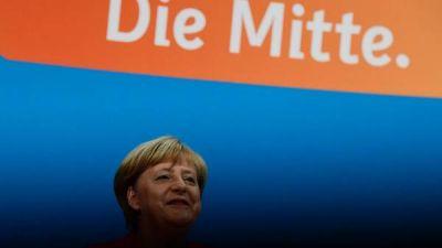 Merkel anuncia que irá por un cuarto mandato al frente del gobierno alemán