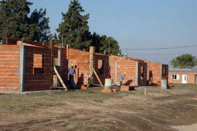 La Provincia invertirá casi 300 millones de pesos en construcción de viviendas